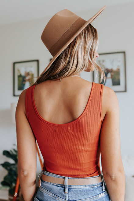 Melrose V-Neck Rust Ribbed Bodysuit