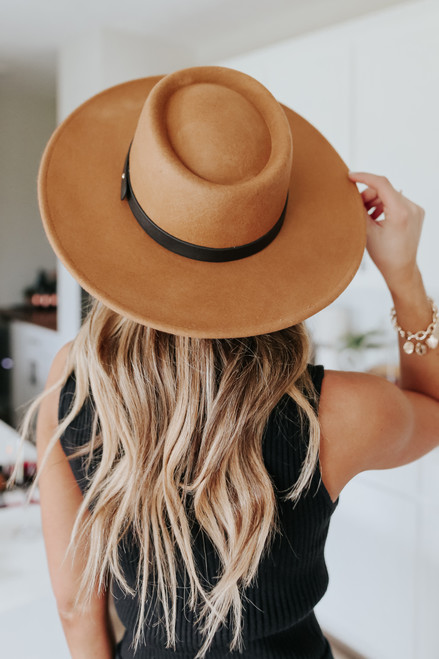 Southern Breeze Tan Belted Hat