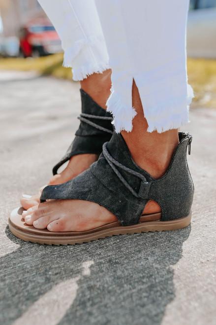 Very G Dusk Vintage Wash Black Sandals