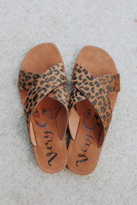 Very G Seaside Leopard Sandals