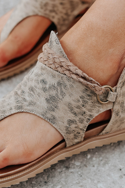 Very G Sariah Leopard Canvas Sandals