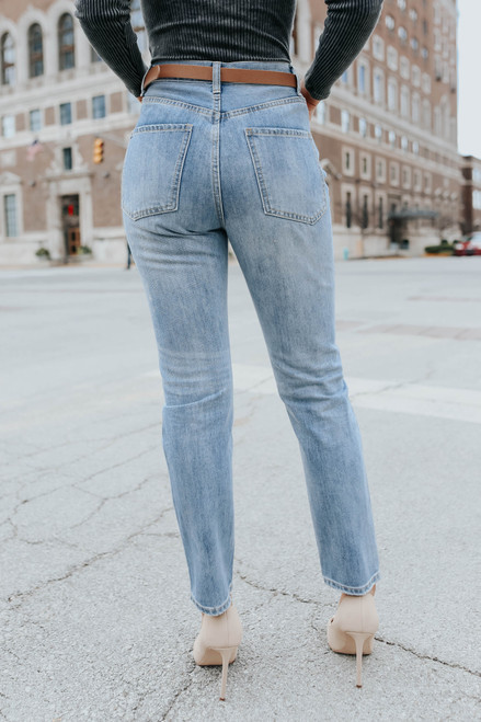 Brynn Distressed Light Wash Boyfriend Jeans
