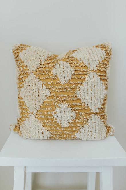 "18""x 18"" Diamond Turfed Square Pillow Cover"