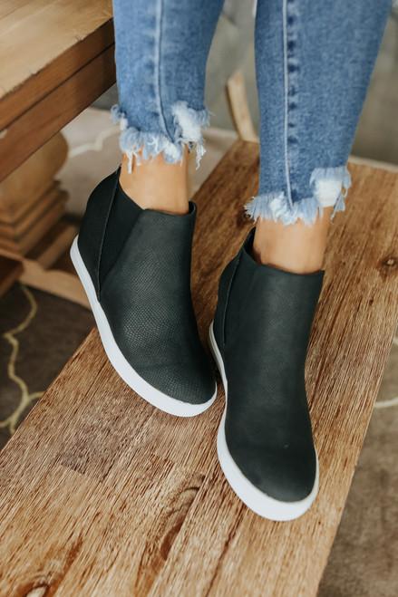 Coconuts by Matisse Lure Black Sneakers