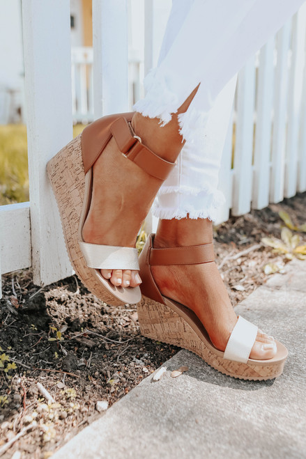 CL by Laundry Kaya Brown/Gold Wedges