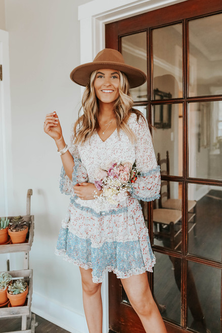 Sweet Meadow V-Neck Colorblock Floral Dress