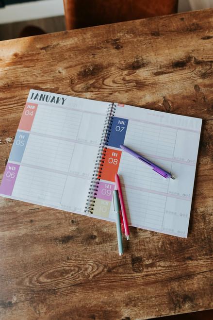 2021 Medium Busy Planner