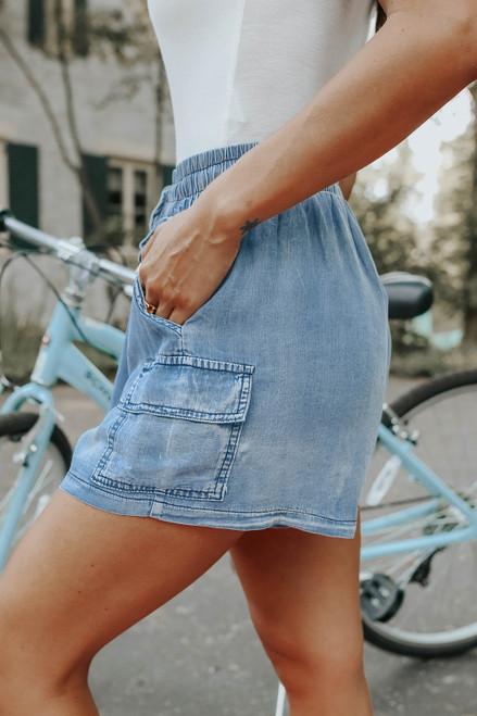 Drawstring Light Wash Chambray Shorts