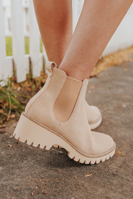 Coconuts by Matisse Preston Natural Booties