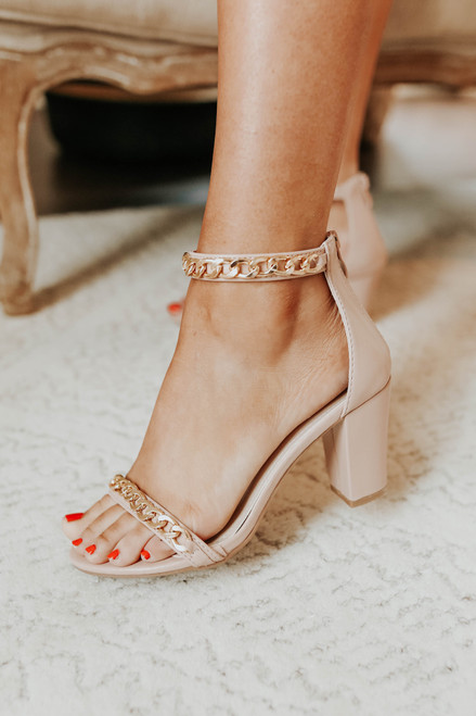 Main Event Chain Detail Nude Heels