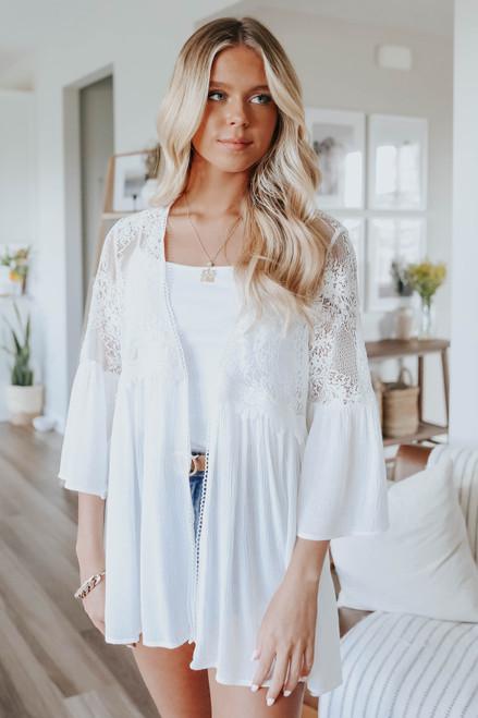 Lace Detail White Crinkle Kimono