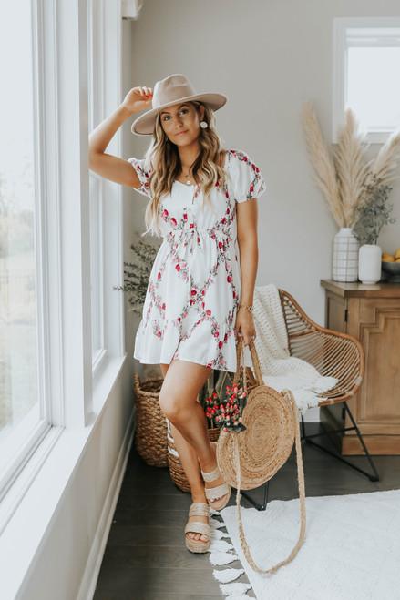 Short Sleeve Floral Trellis Ruffle Hem Dress