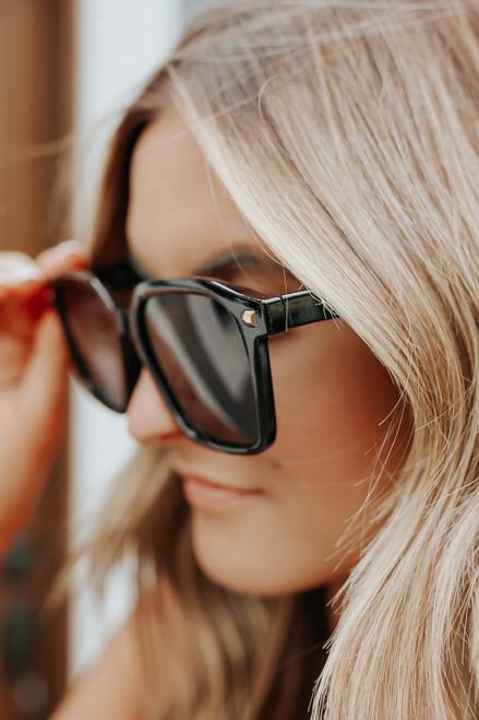 Rodeo Drive Black Square Sunglasses