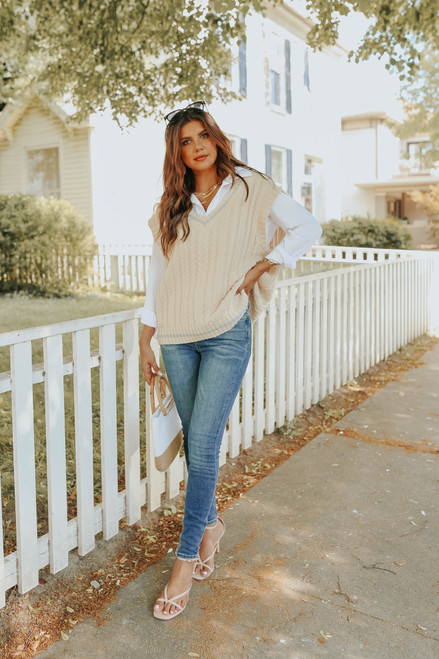 V-Neck Contrast Stripe Cable Sweater Vest