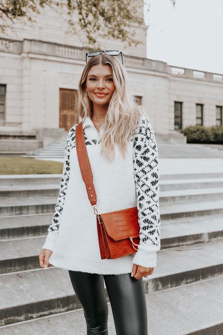 Geometric Contrast Half Zip Pullover