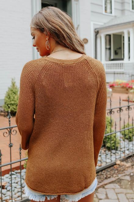 Mountain Escape V-Neck Camel Lightweight Sweater