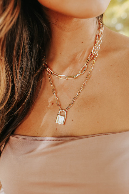 Chain Link Gold Lock Necklace