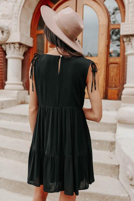 Ruched Detail Black Ruffle Hem Dress