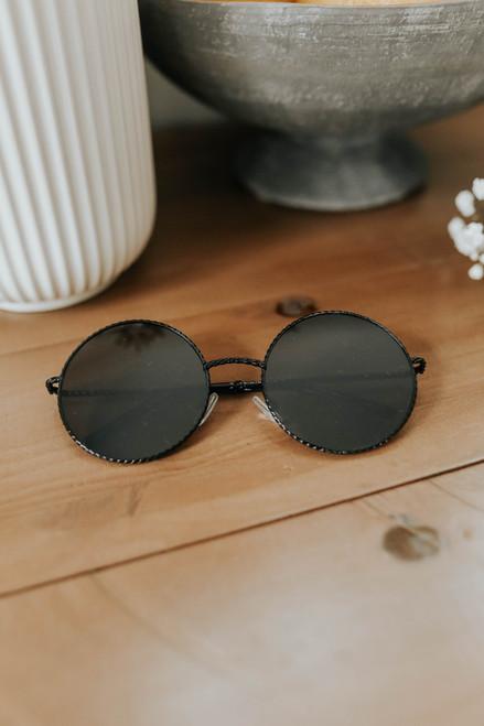 Lisbon Round Black Sunglasses
