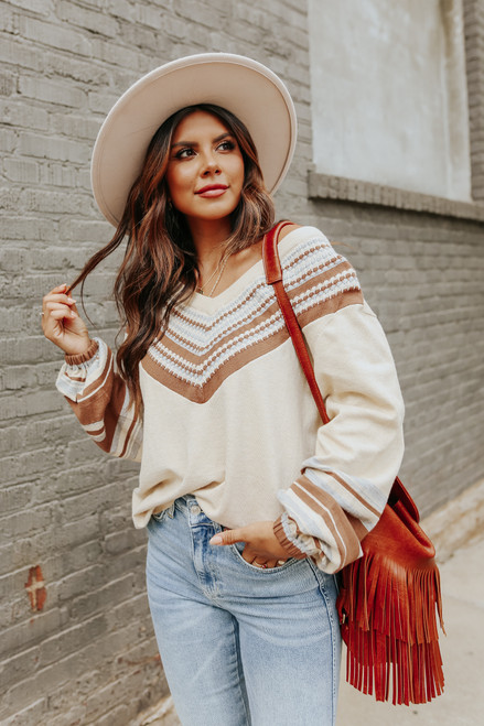 V-Neck Contrast Printed Oatmeal Sweater