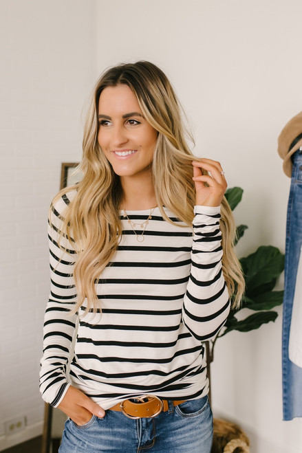 Long Sleeve Striped Ruched Tunic - White/Black