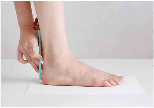 easure your foot length 01 - shoeever.com