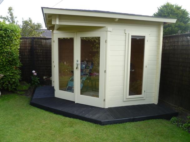 Here is another customer image of the Oban Log Cabin.
