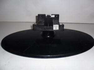 Samsung LE32B450 Stand Base W/Screws - USED