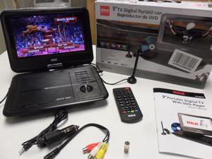 "RCA - DPDM95R - 9"" Portable TV/DVD Player W/ Remote, Antenna, SD & USB Inputs"