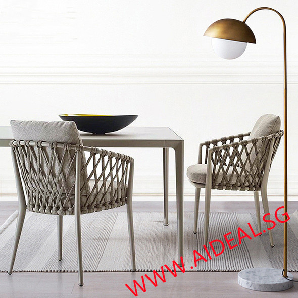 Outdoor Furniture Table / Chairs