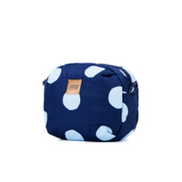 Can be a pouch after remove the shoulder strap
