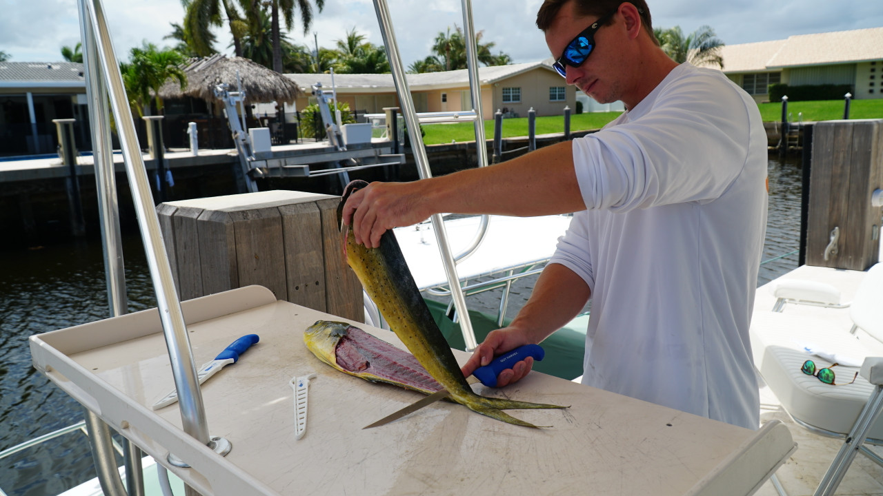 Perfect fillets with the Guy Harvey GH133-8