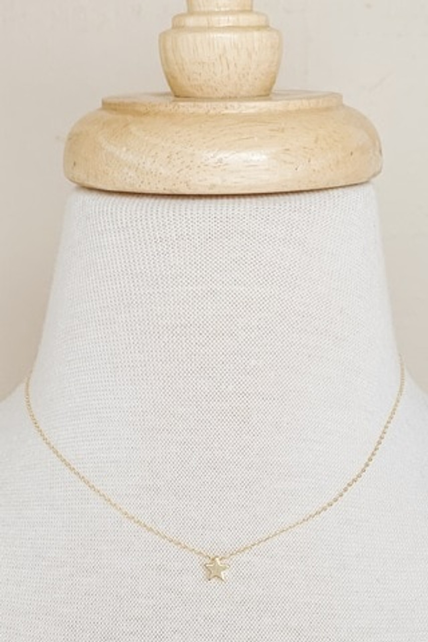 """Dainty Star Collar Necklace, Available in GOLD or SILVER, Adjustable 15.5-17.5"""" chain, Nickle and lead free."""