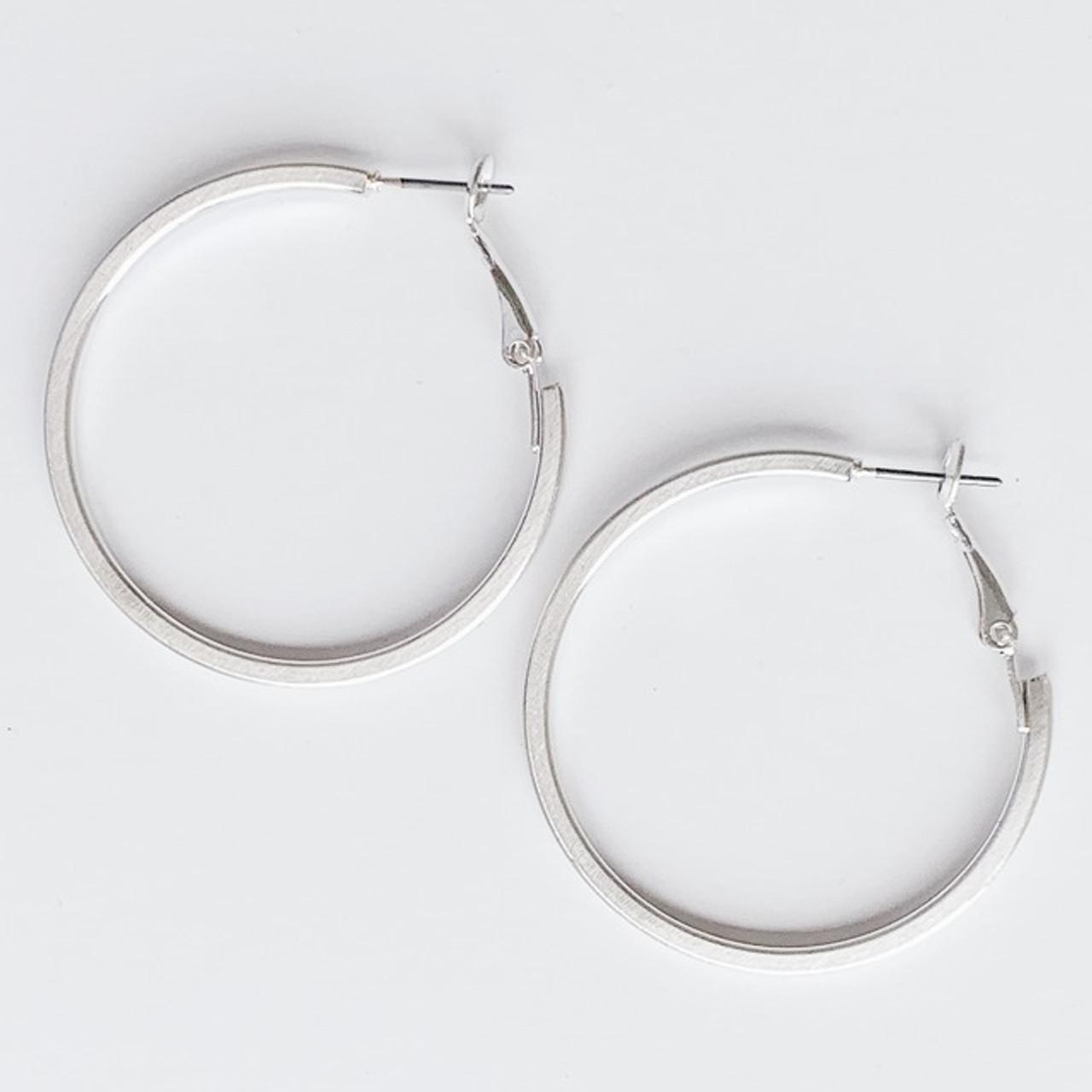 Your everyday silver hoop earrings, Nickel and lead free.