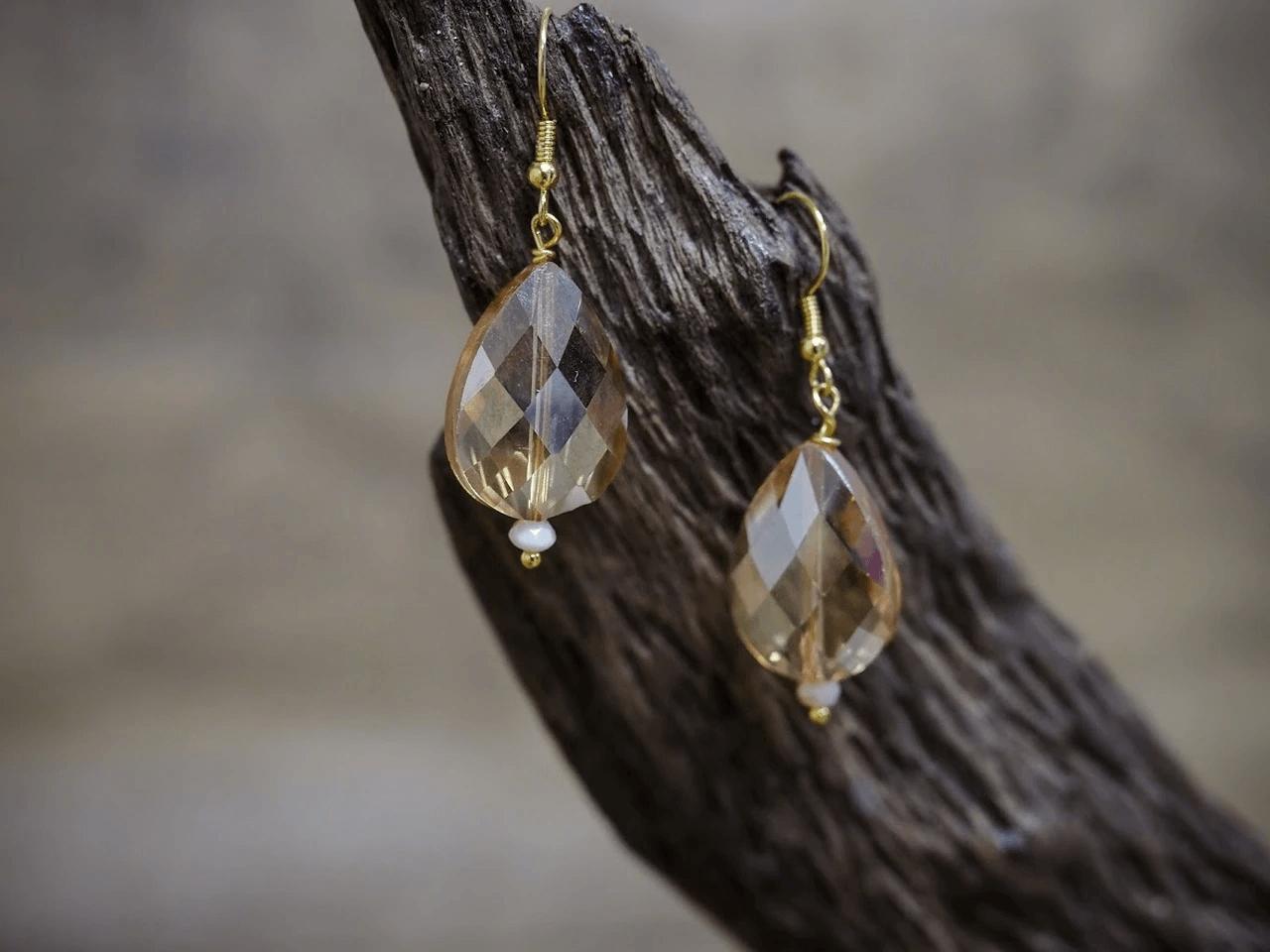 Amber Gala Iridescent Drop Earring