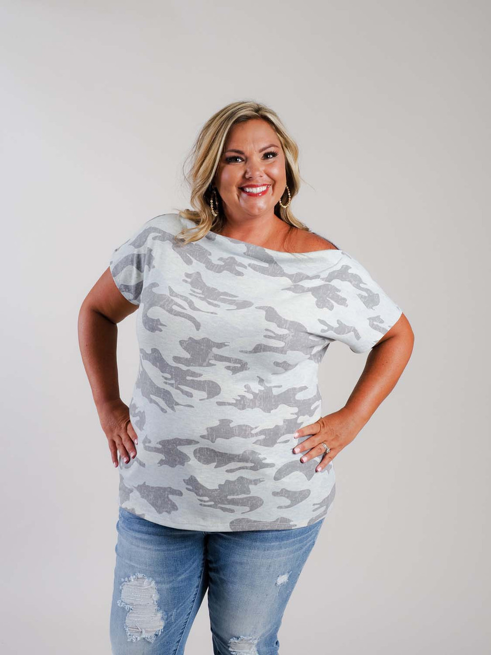 plus clothing grey camo top with short sleeve