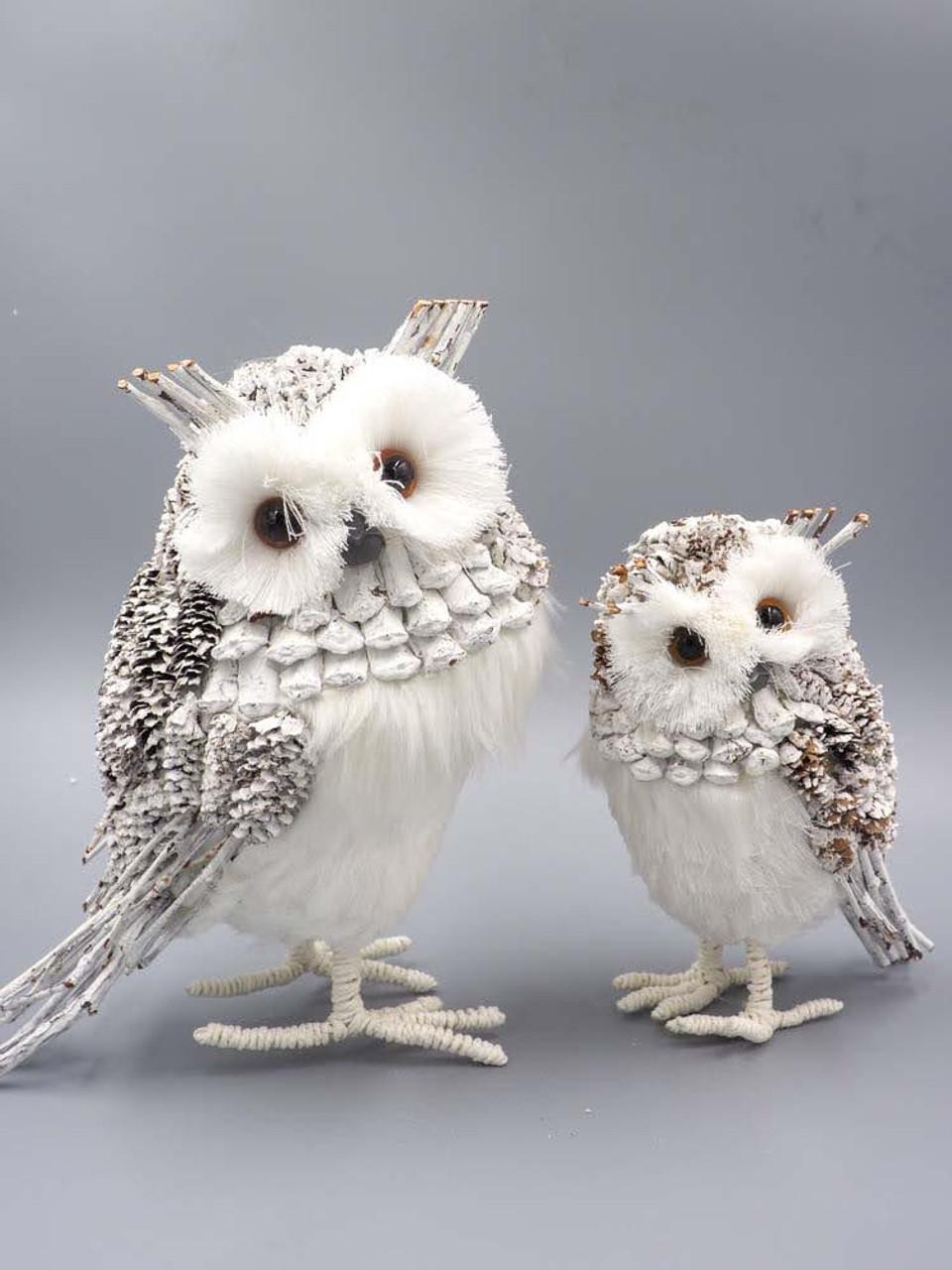 Pinecone/Twig White Owl