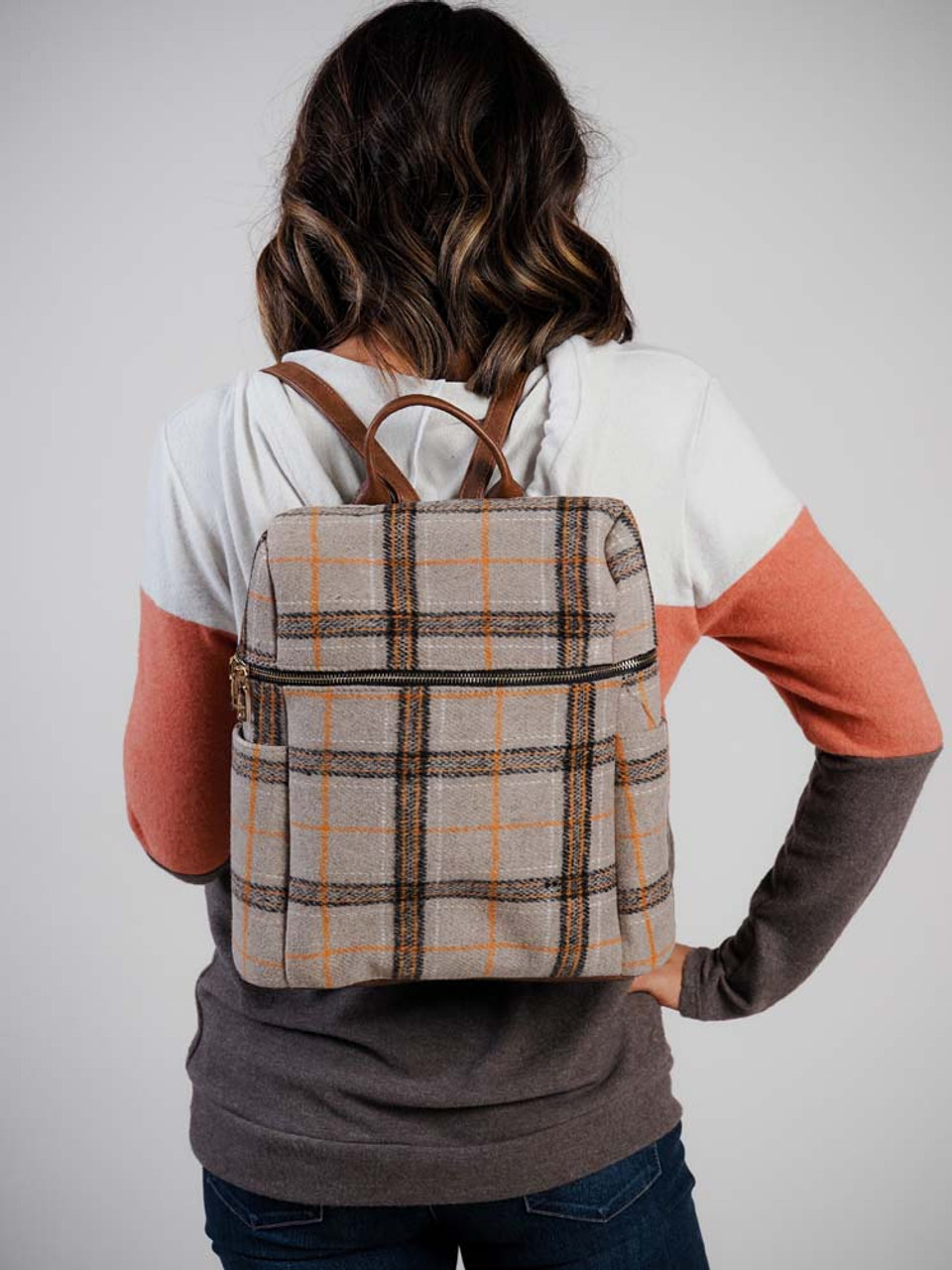 jen and co backpack tan and orange plaid  pockets