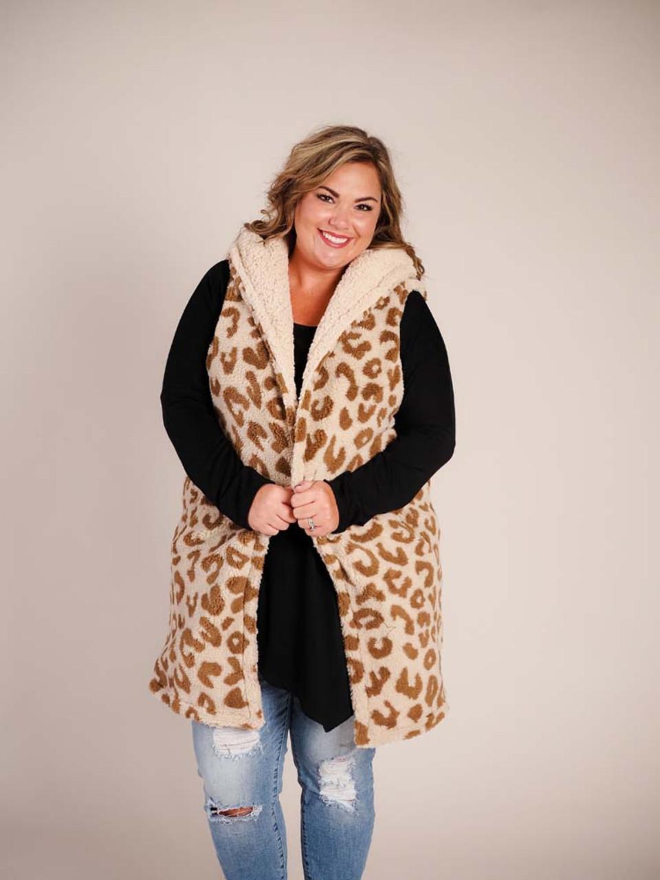 Nora Reversible Vest in Leopard Tan