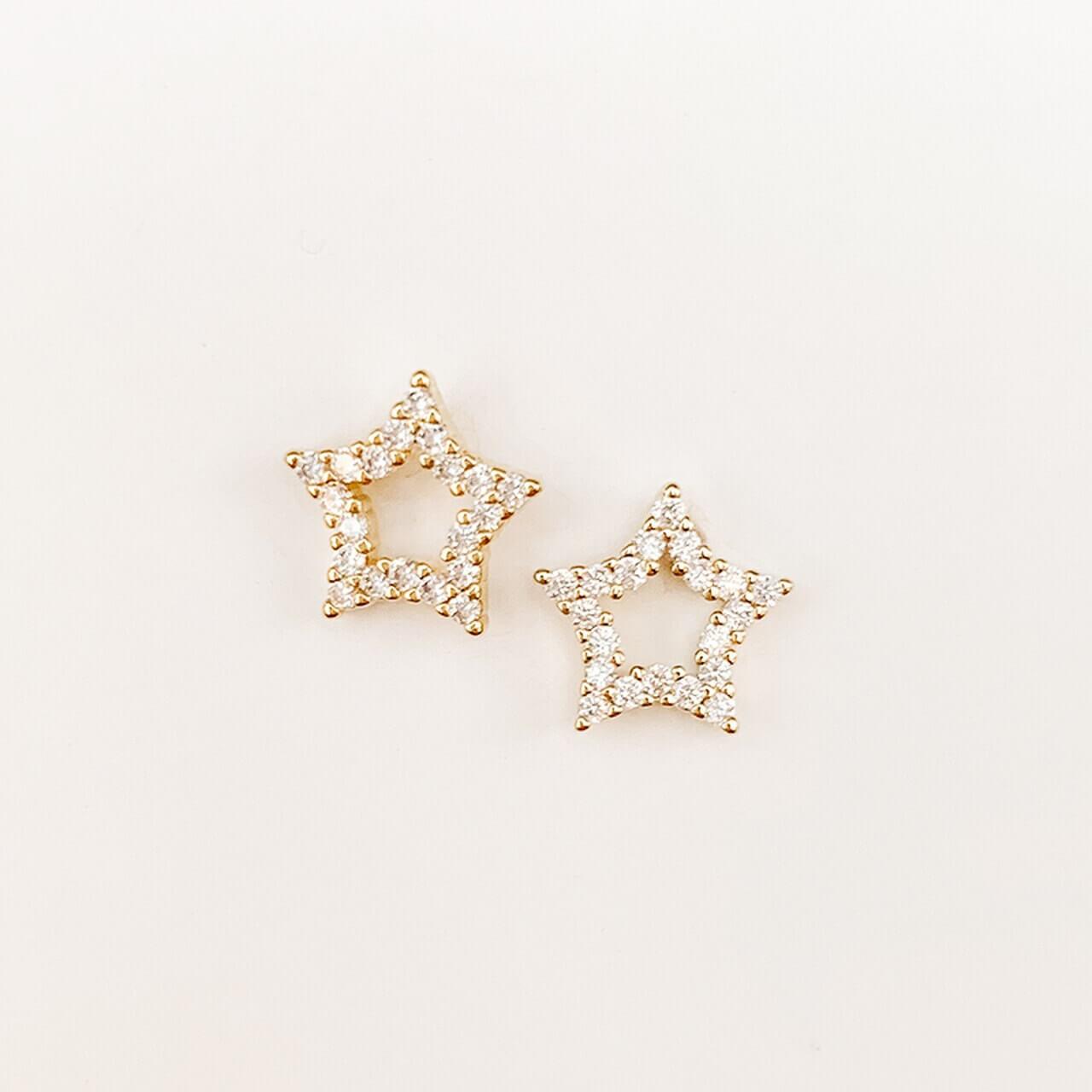 Gold Star Stud