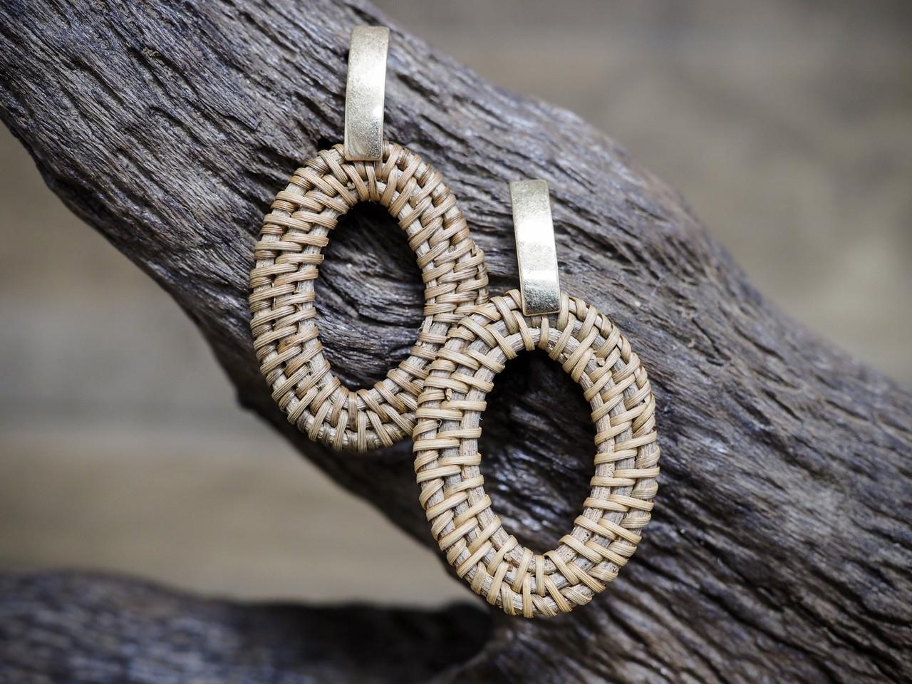 Gold Oval Rattan Hoop