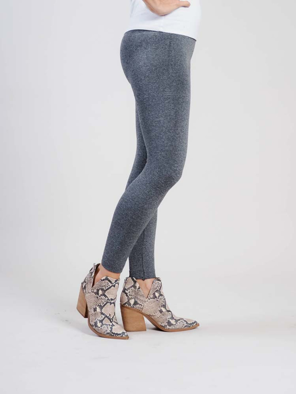 """Gray Comfortable and versitable fleece-lined leggings, breathable fabric, smooth mid-rise fit, seamless, flattering 4"""" waistband, full length cut with banded ankle"""