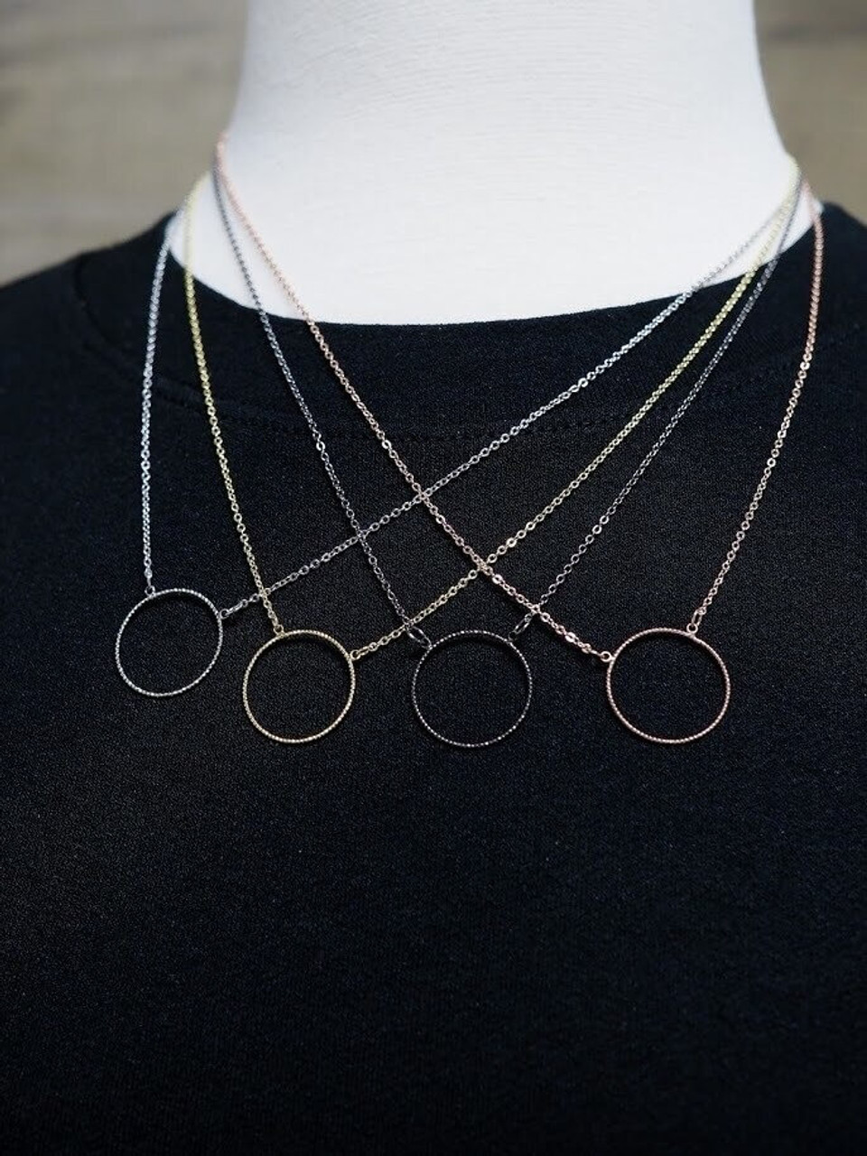 Dainty Small Circle Necklace
