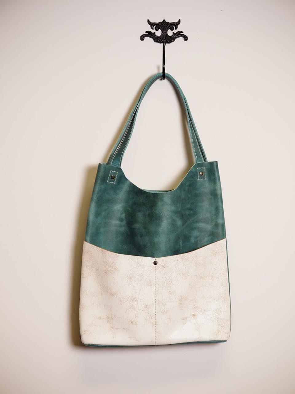 Exclusive Leather Tote in Turquoise & White