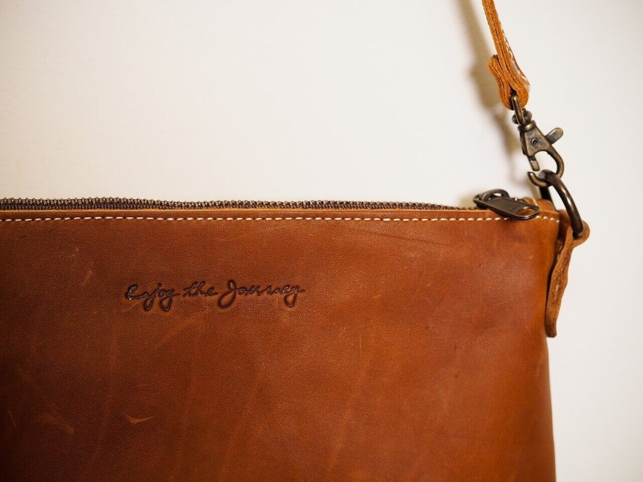 Large Crossbody Handbag in Indio Whiskey