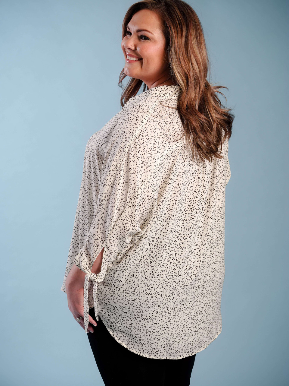 lightweight blouse with v-neck collar 3/4 length sleeve plus clothing curvy