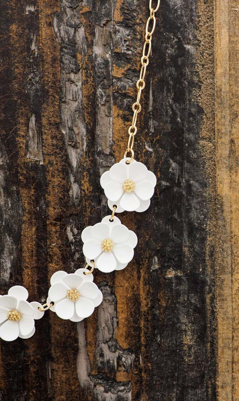 gold chain white floral design