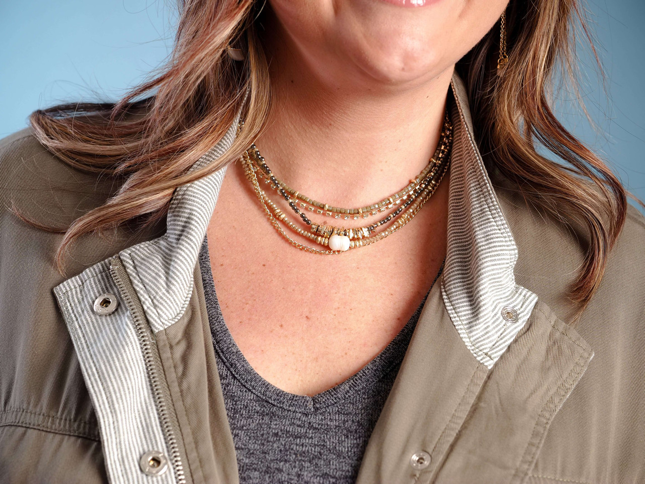 layered necklace multi-color beads pearl