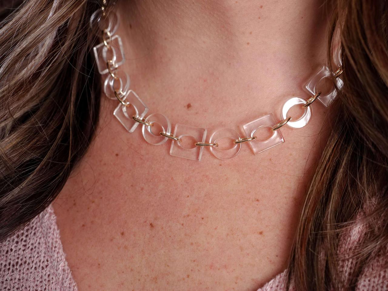 gold acrylic short necklace