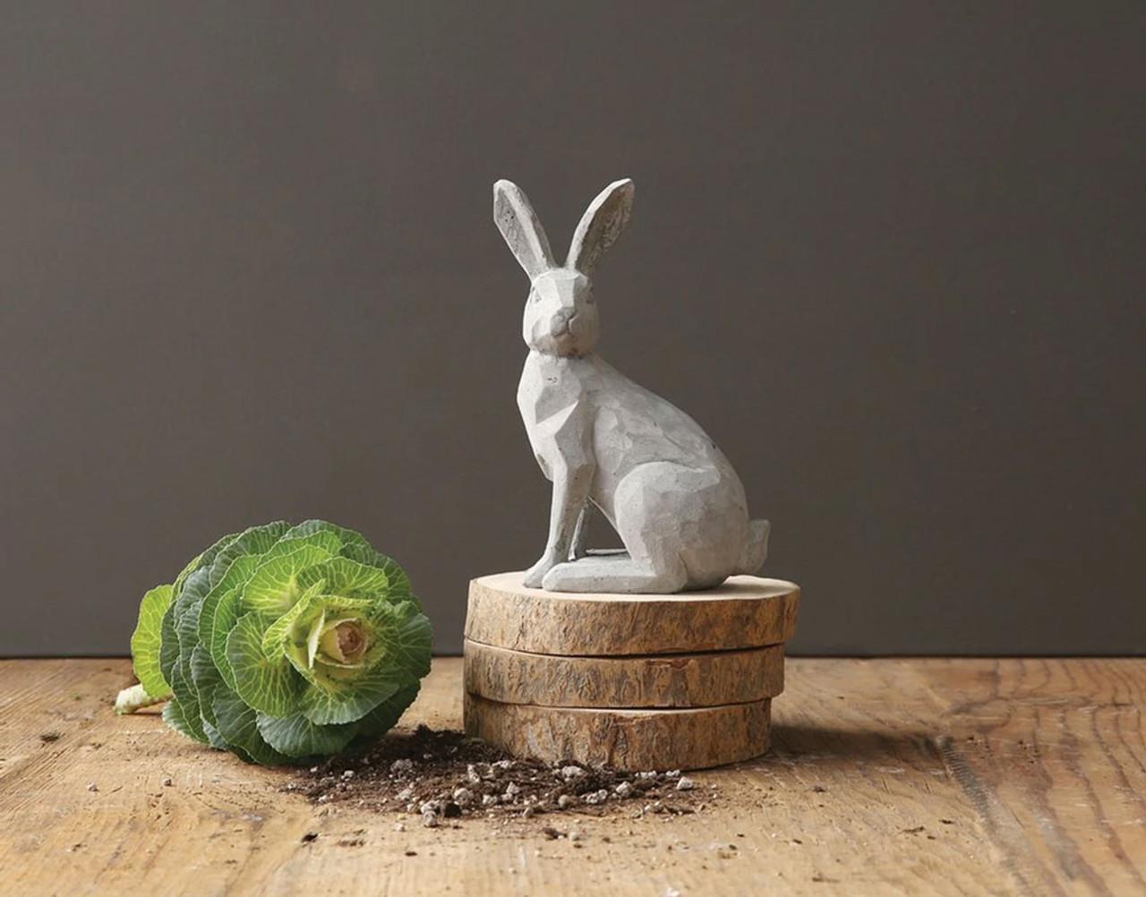 Cute, Farmhouse Inspired Easter Decor Ideas